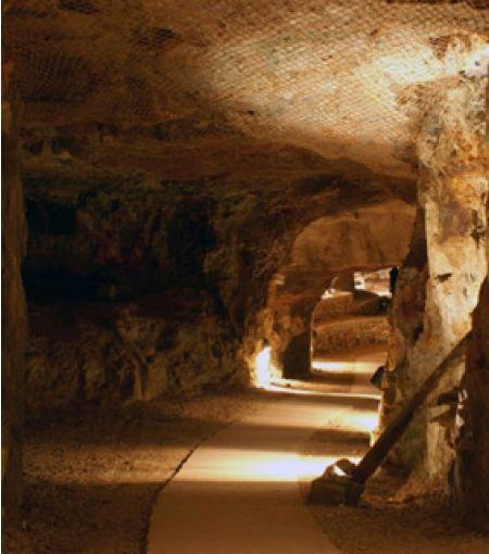 Musée de la Mine du Cap Garonne - Photo 2