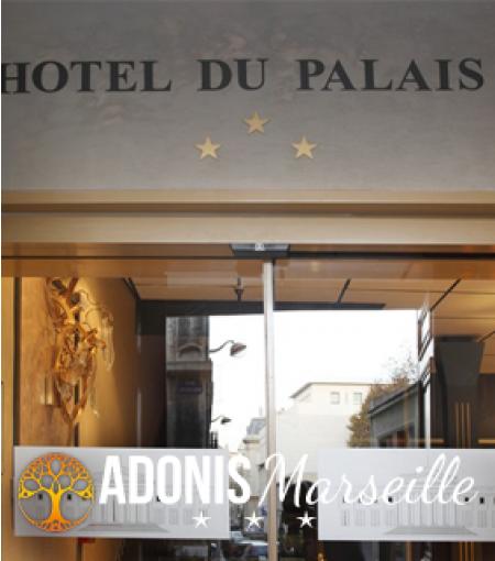 © Adonis Marseille Vieux Port