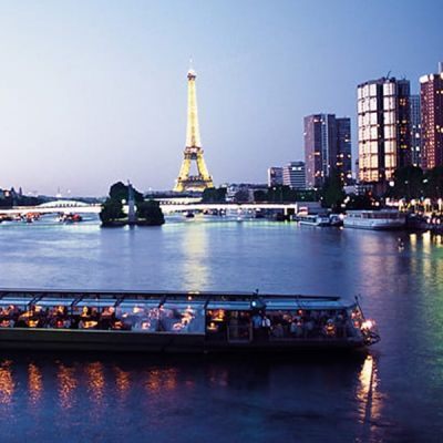 Bateaux Parisiens - Croisière Promenade