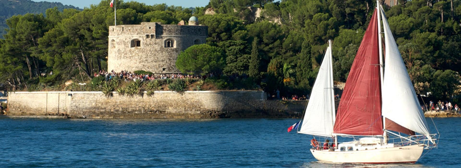 Rade de Toulon, Porquerolles, Port-Cros, croisières des 2 îles, Saint-Tropez