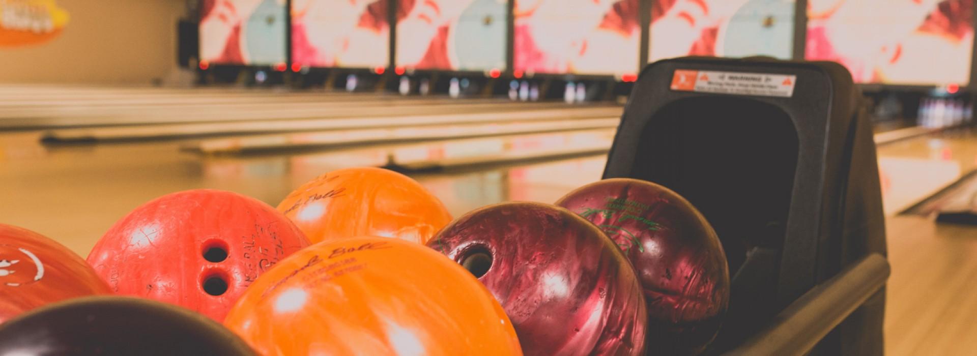 Venez au bowling en famille et entre amis !